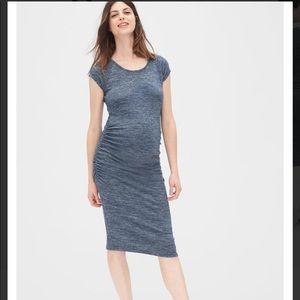 GAP Maternity dress - LIKE NEW!